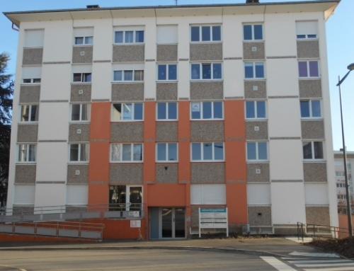 L'entrée du bâtiment où se trouve le bureau de l'association au 2 ième étage …A bientôt